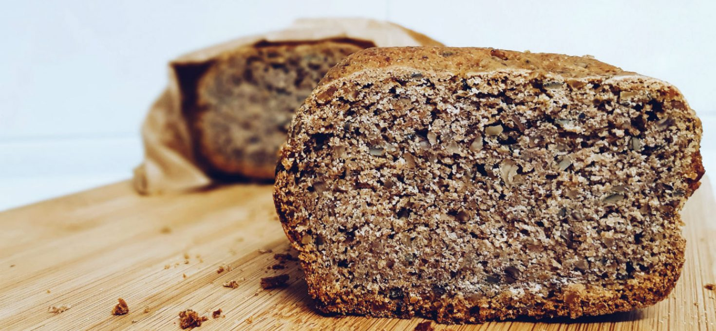 Pan de centeno 100% integral casero con semillas