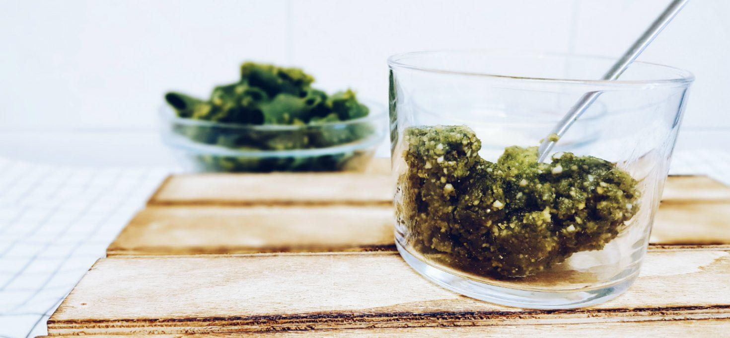 Salsa pesto de kale con anacardos