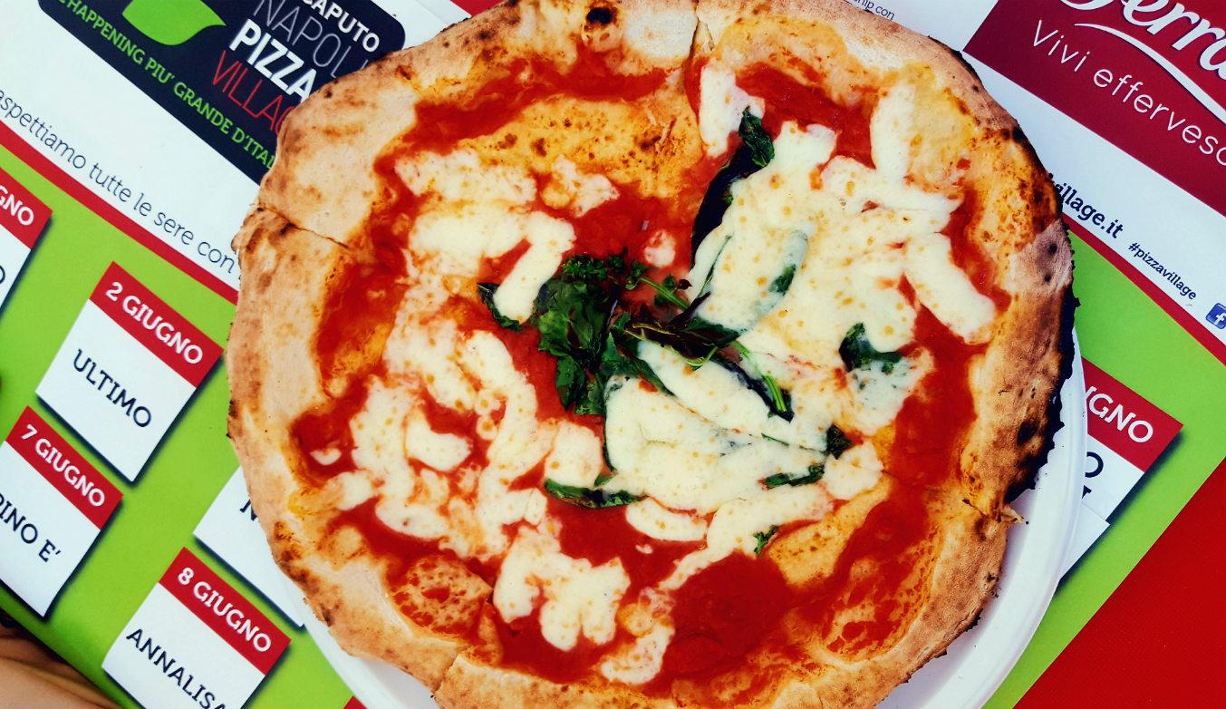 comer-en-napoles-pizza-napolitana
