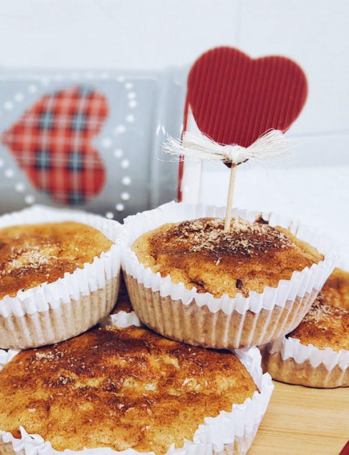 Muffins de espelta con arándanos, manzanas y anacardos