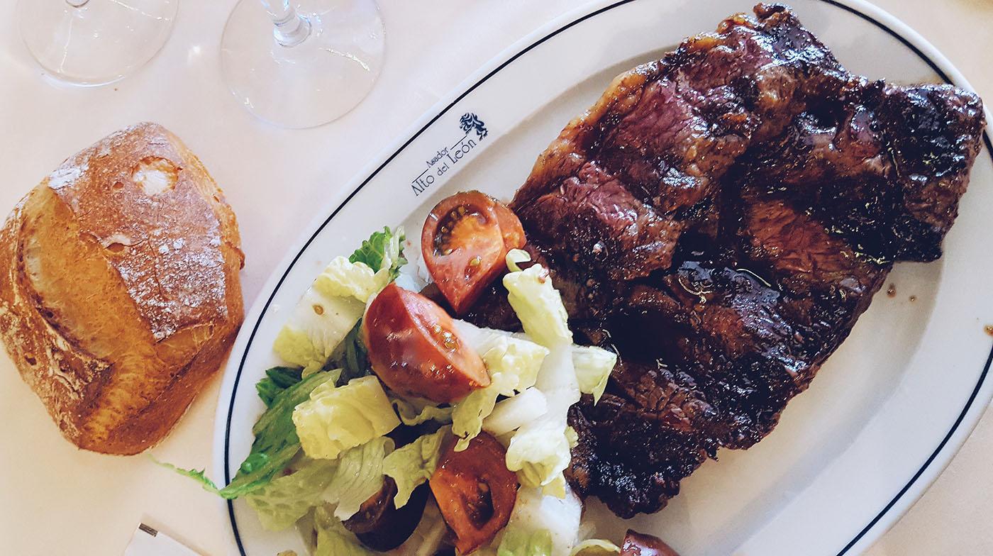 Por qué comer de todo sí es saludable y consumir entrecot