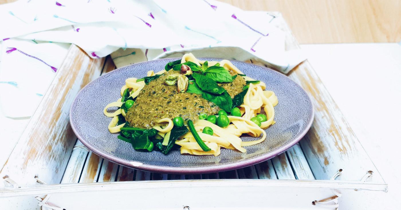Pesto de pistachos y anacardos