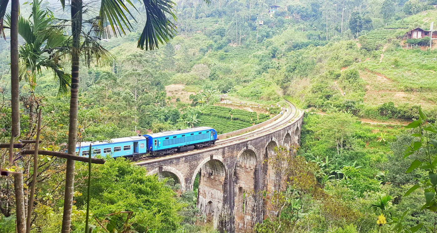 nine-arch-bridge-sri-lanka