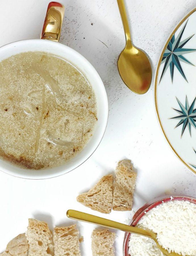 Sopa de cebolla francesa para Navidad