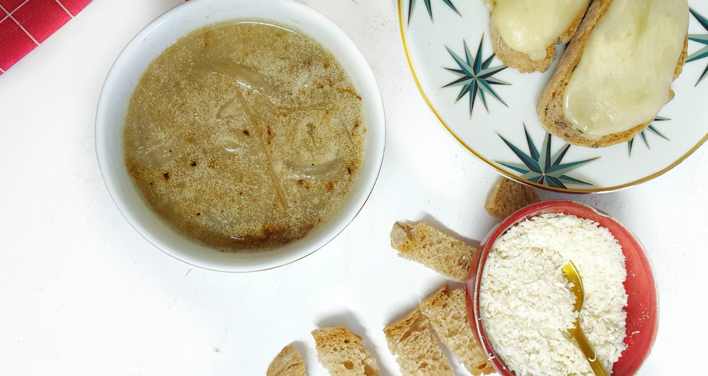 sopa-de-cebolla-saludable