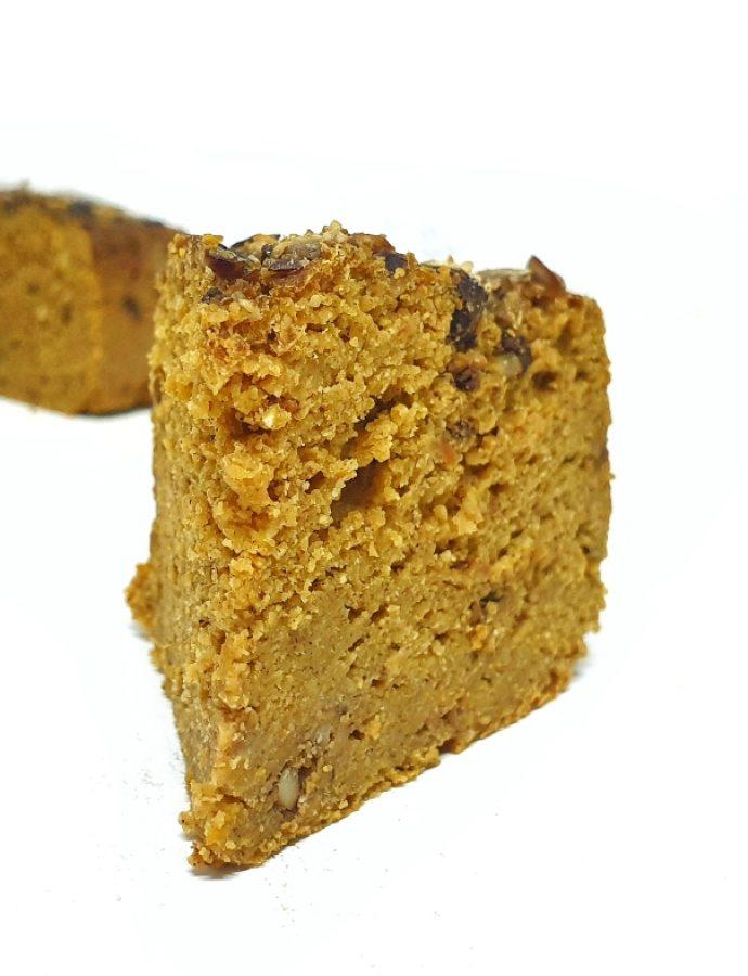 Pan de calabaza sin gluten en olla de cocción lenta